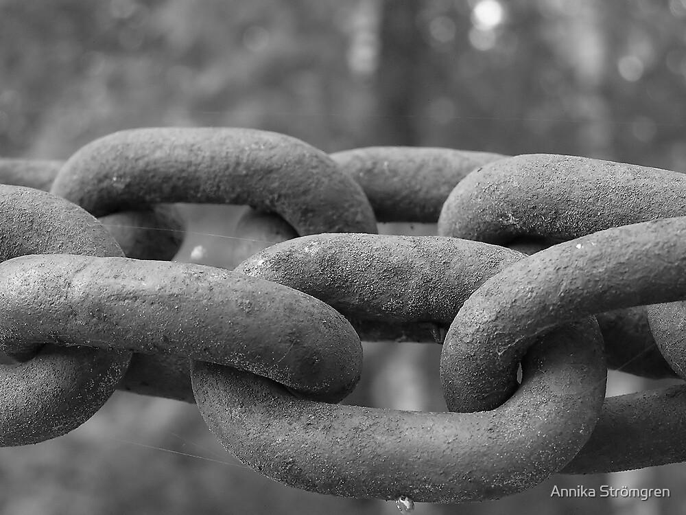 Chains by Annika Strömgren
