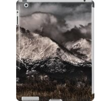 Twin Peaks And Madness iPad Case/Skin