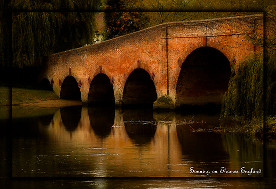 SONNING ON THAMES ENGLAND by Katseyes