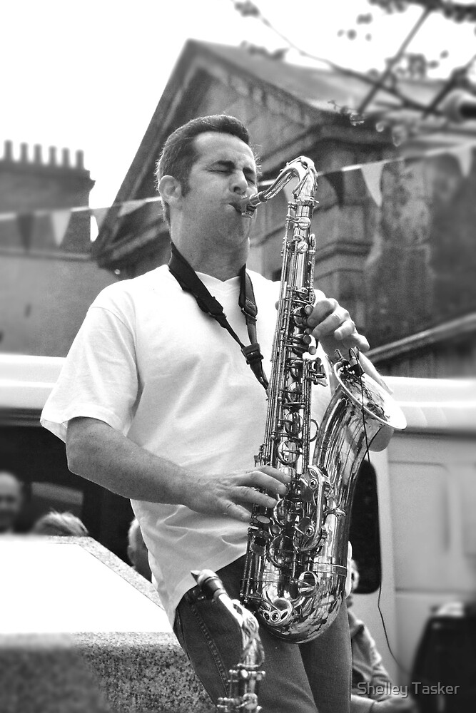 Musician ... Graham Hart by Shelley Tasker