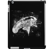 Aliens are coming iPad Case/Skin