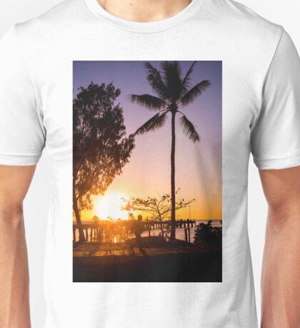 Sunrise stroll - Palm Cove Unisex T-Shirt