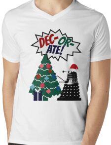 DEC-OR-ATE! Dalek Christmas Mens V-Neck T-Shirt