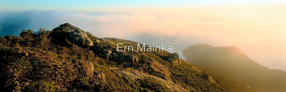 Mount Oberon by Ern Mainka