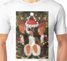 GIZMO READY FOR CHRISTMAS PICTURE AND OR CARD Unisex T-Shirt