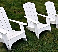 Three Chairs by Scott Johnson