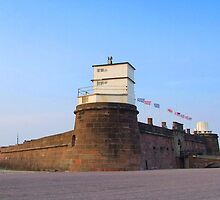 Fort Perch Rock by Sam Knox