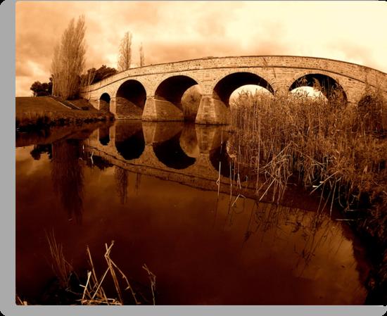 Richmond Bridge, Tasmania... by Jarrod Lees