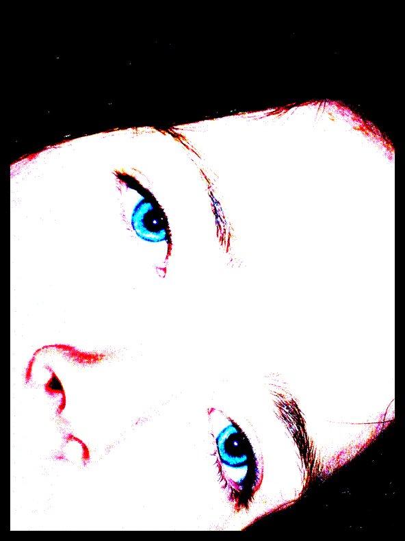 Blue Eyes by bridie07
