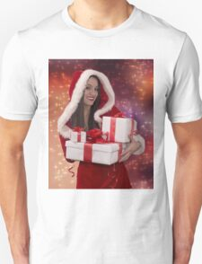 Christmas girl with gift Unisex T-Shirt