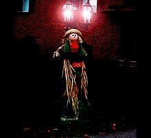 Scary Lamp Post :) by nikspix