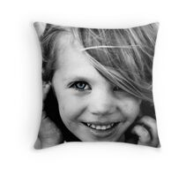oO Toni Oo Throw Pillow