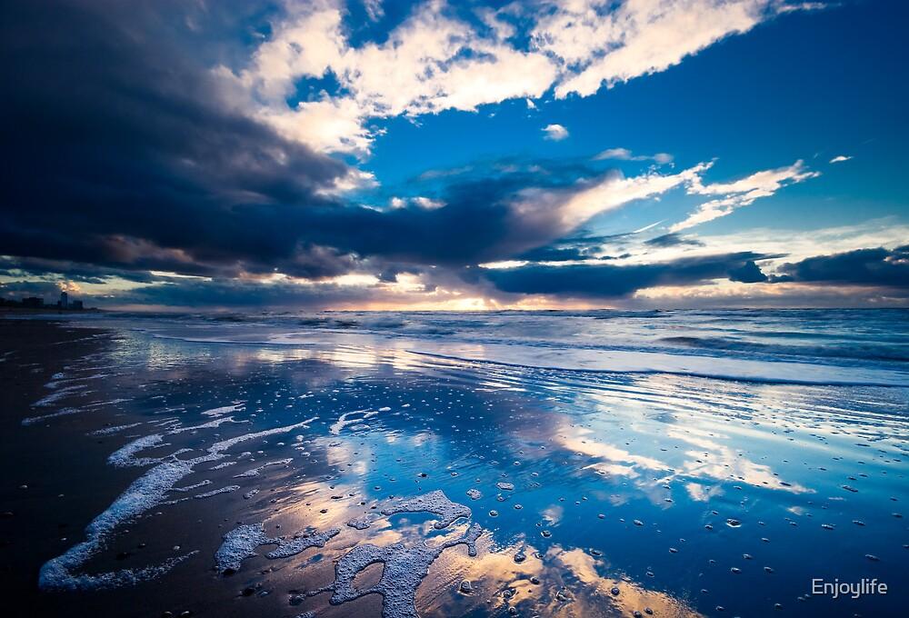 extreme sunset reflections  by Enjoylife