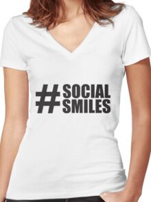 #SOCIALSMILES 002 - PLATFORM58 Women's Fitted V-Neck T-Shirt