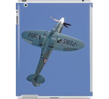 "Supermarine Spitfire PR.XIX PS915 ""The Last"" iPad Case/Skin"