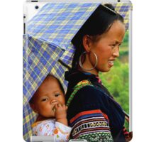 A Baby and his Young Mother - Sa Pa, Vietnam. iPad Case/Skin