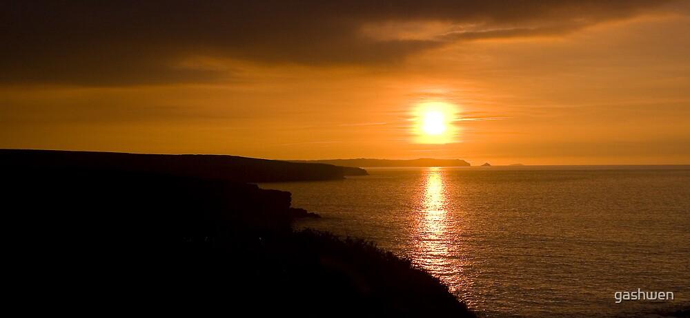Pembrokeshire Sunset by gashwen