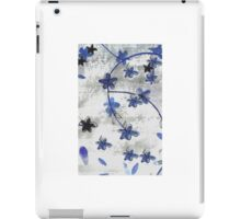 Vintage floral print Chinoiserie blossoms iPad Case/Skin