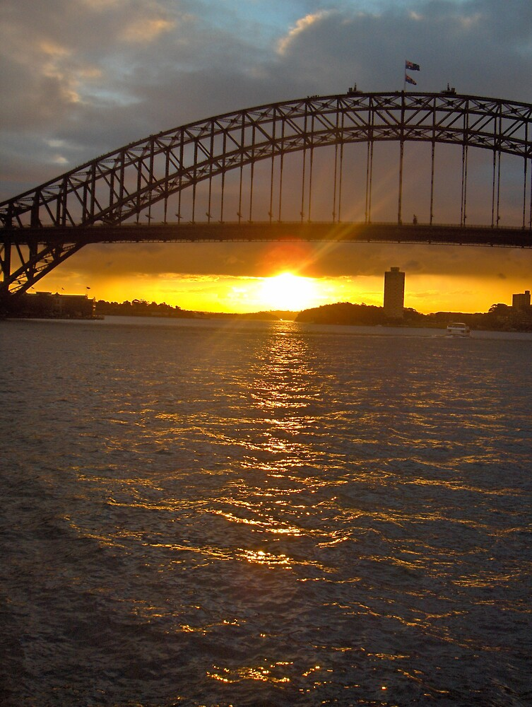 Sydney Sunset 2 by Kevin Shannon