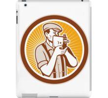 Photographer Shooting Vintage Camera Circle iPad Case/Skin