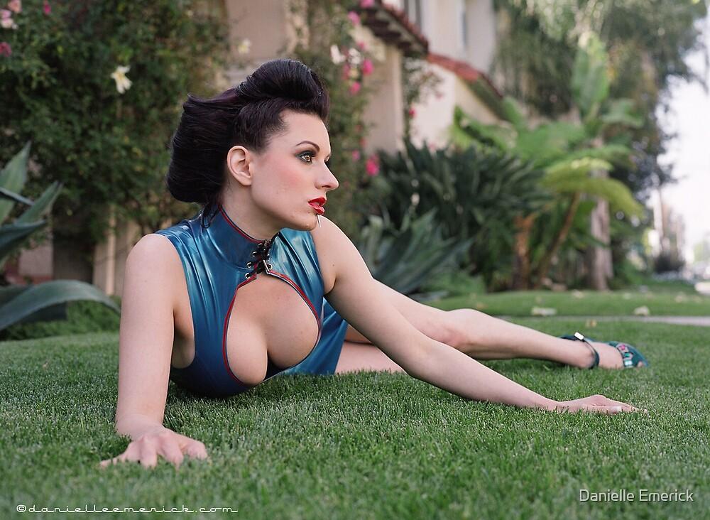 Model Darenzia in Latex by Danielle Emerick by Danielle Emerick