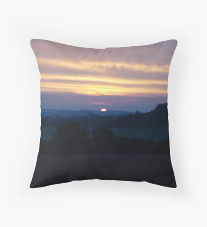 Morning horizon Throw Pillow