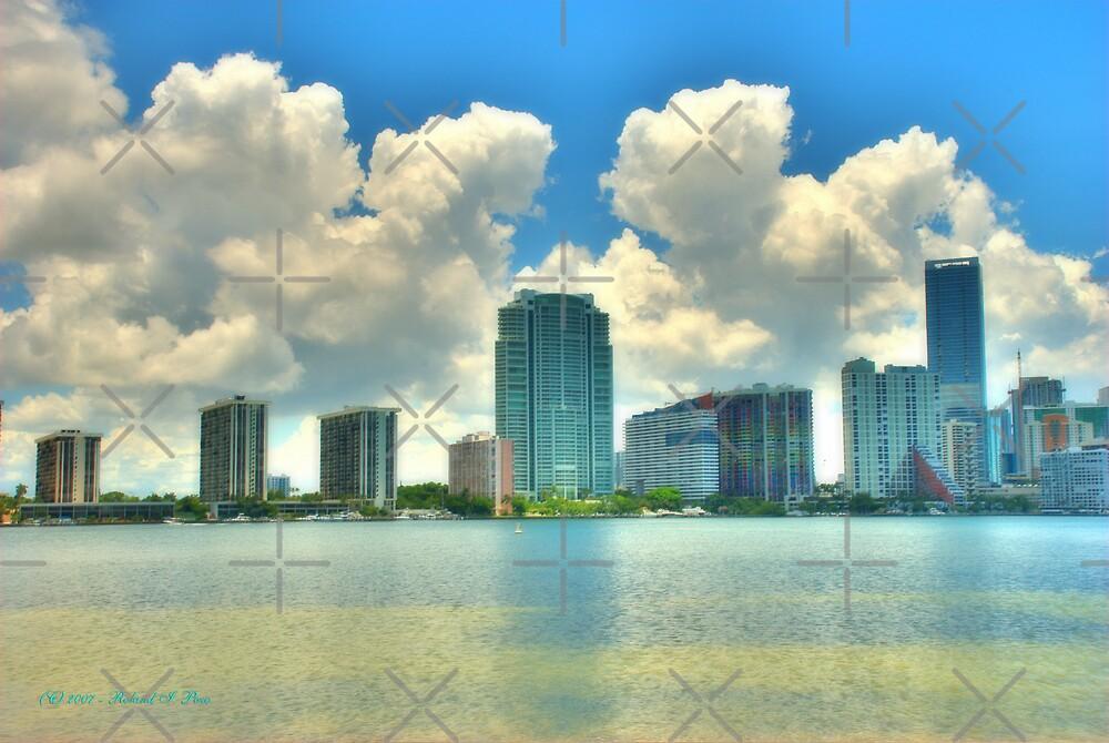 Brickell Bay by photorolandi