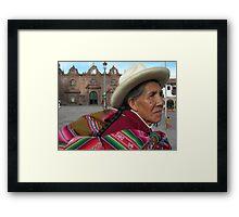 En la Plaza Framed Print