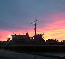 hmas yarra sunrise by phillip wise