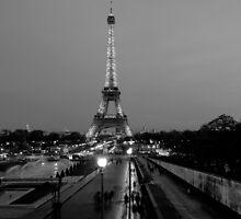 Eiffel Tower by deejaypow