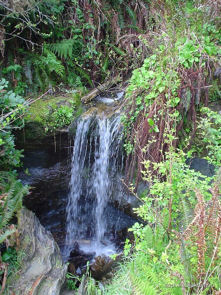 Beautiful Waterfall by saphireblaklambo