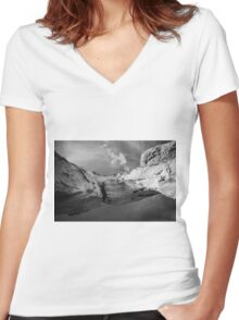 Twisted Canyon Rock Women's Fitted V-Neck T-Shirt