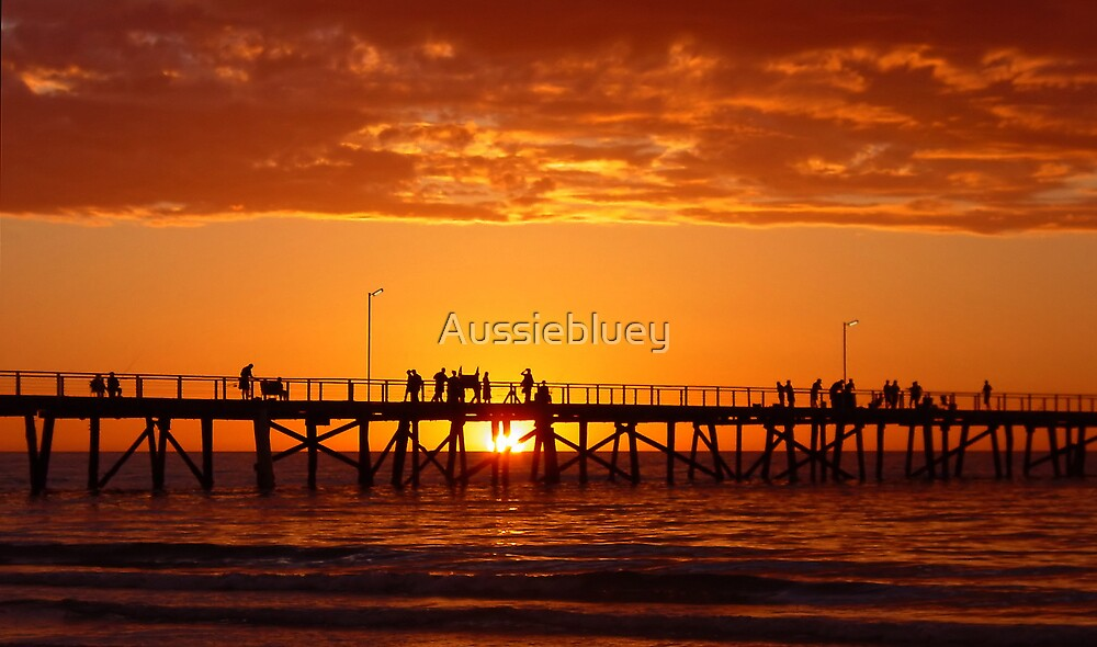 Jetty Sunset. by Aussiebluey