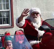 santa claus in a parade by righton262