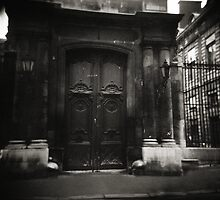 la porte Paris by VanessaHall