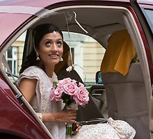 Hema arriving at the ceremony by Stuart England
