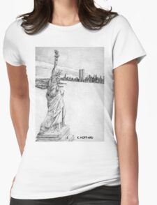"""""""The Statue of Liberty""""  Womens Fitted T-Shirt"""