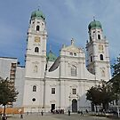 St Stephen's Cathedral, Passau by Graeme  Hyde