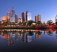 Melbourne on the Yarra by Peter Hammer