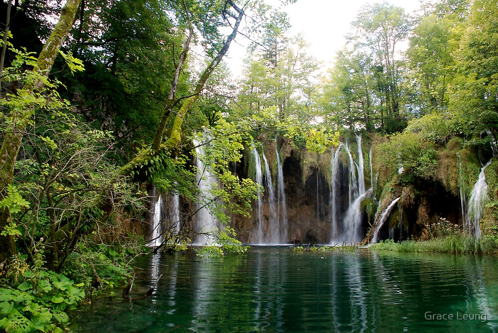 Waterfalls in Plitvicka National Park, Croatia by Grace Leung