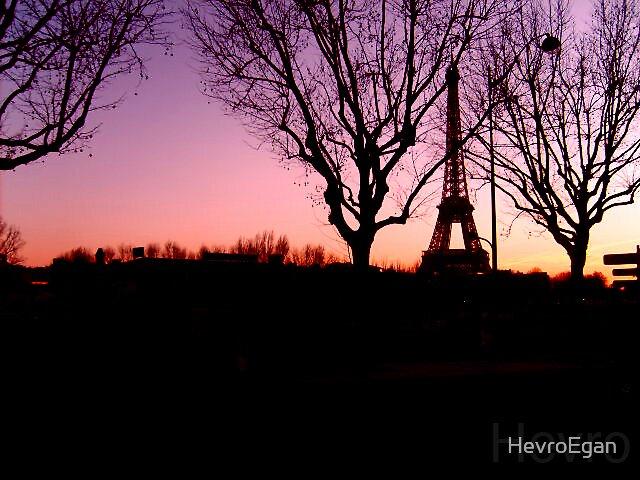 Paris Scene by HevroEgan