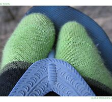 Aussi Toes by dale rogers