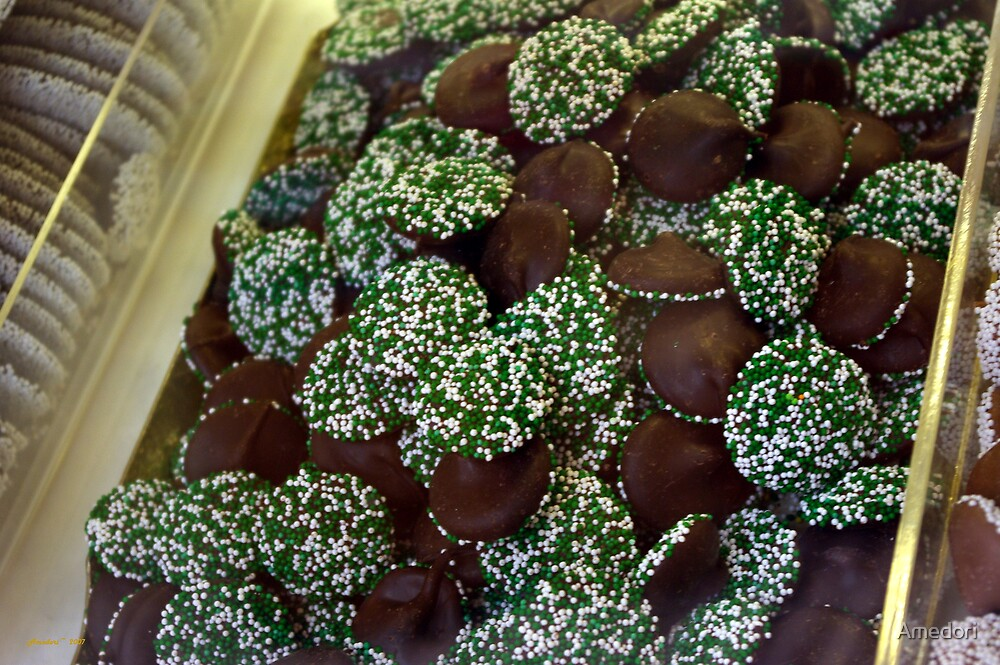 Nonpareils in Green  by Amedori