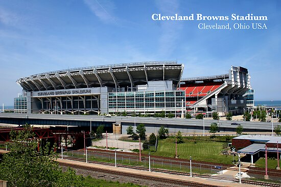 Cleveland Browns Stadium by Robert Daveant