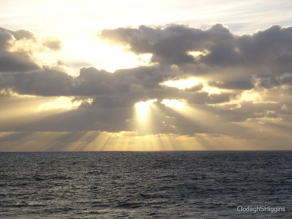Sunrise @ Bondi in November 2005 by ClodaghSHiggins