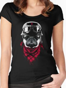 Adventurer Pug Women's Fitted Scoop T-Shirt