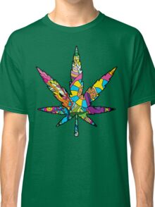Magic mushroom pattern hippie marijuana leaf symbol  Classic T-Shirt