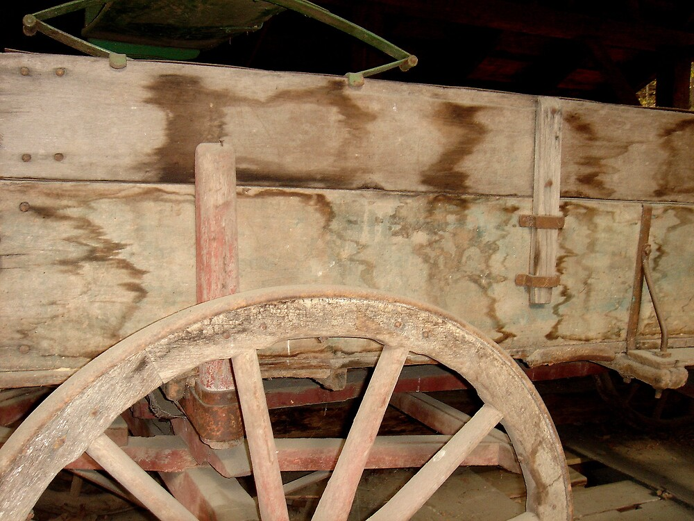 Side of cart at Michie Tavern by sky2007