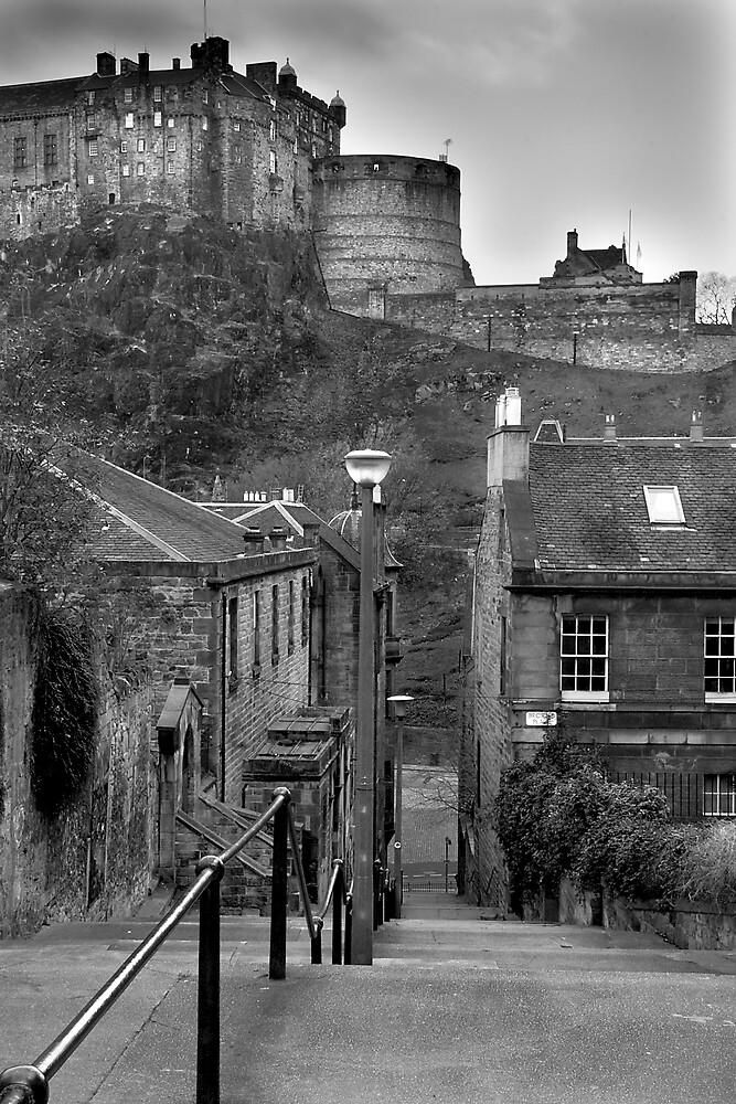 The Vennel - Edinburgh by Chris Clark