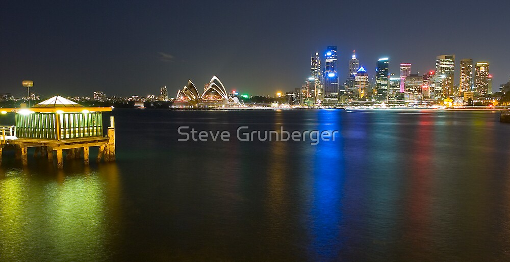 Sydney Australia  by Steve Grunberger